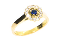 Diamond Sapphire cluster 18ct yellow gold ring